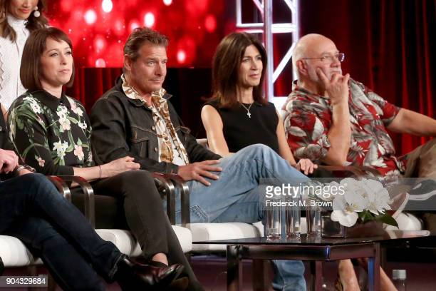 Original cast members Paige Davis Ty Pennington Hildi SantoTomas and Frank Bielec of 'Trading Spaces' on TLC speak onstage during the Discovery...