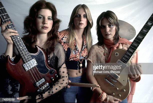 Original lineup of the rock band 'The Runaways' pose for a portrait in Los Angeles in September 1975 Micky Steele Sandy West Joan Jett