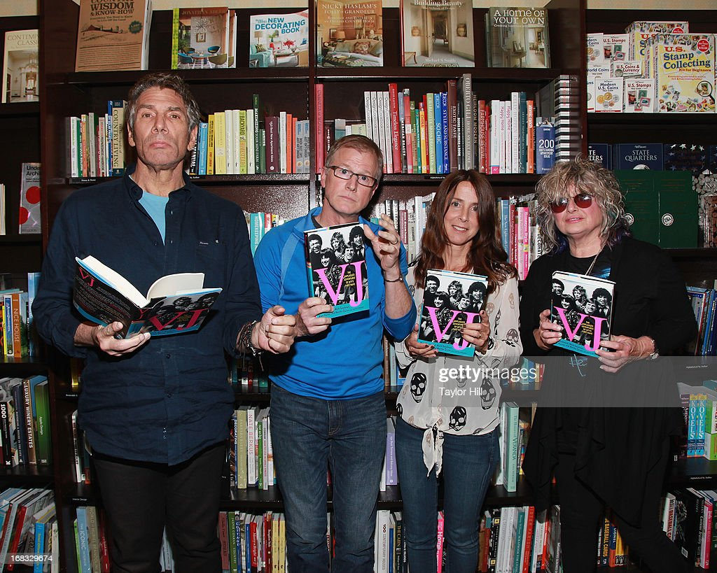 """MTV's Original VJs Sign Copies Of Their Book """"VJ: The Unplugged Adventures of MTV's First Wave"""" : News Photo"""