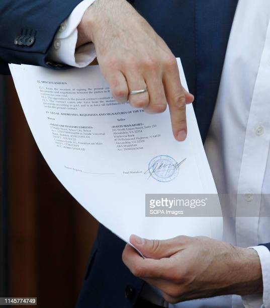 Originals of documents, which were returned from USA by the FBI after ending the Manafort case investigations, seen shown by Ukrainian lawmaker...