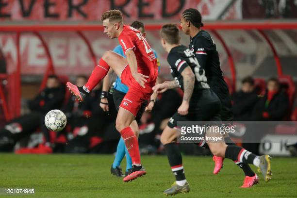 Oriol Busquets of FC Twente during the Dutch Eredivisie match between Fc Twente v AZ Alkmaar at the De Grolsch Veste on February 15 2020 in Enschede...
