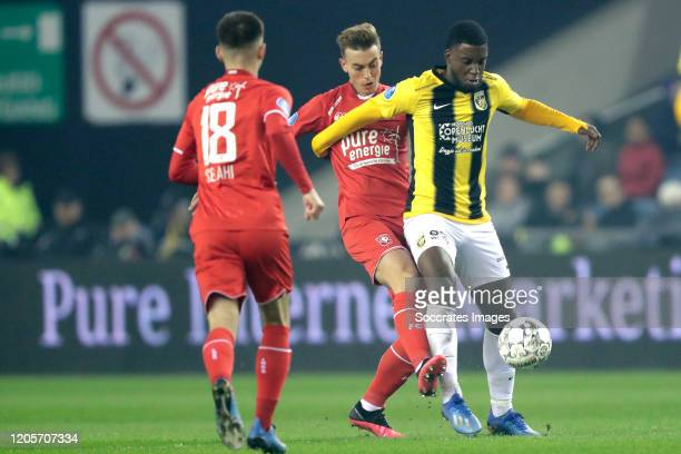 Oriol Busquets of FC Twente Riechedly Bazoer of Vitesse during the Dutch Eredivisie match between Vitesse v Fc Twente at the GelreDome on March 7...