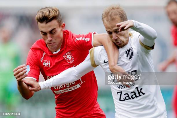 Oriol Busquets of FC Twente, Vaclav Cerny of FC Utrecht during the Dutch Eredivisie match between Fc Twente v FC Utrecht at the De Grolsch Veste on...
