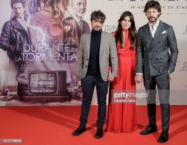 Oriol Paulo Adriana Ugarte and Alvaro Morte attend the 'Durante la tormenta' photocall at Suecia hotel on November 26 2018 in Madrid Spain
