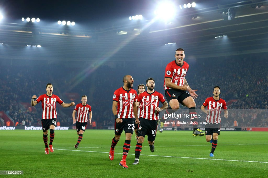Southampton FC v Fulham FC - Premier League : News Photo