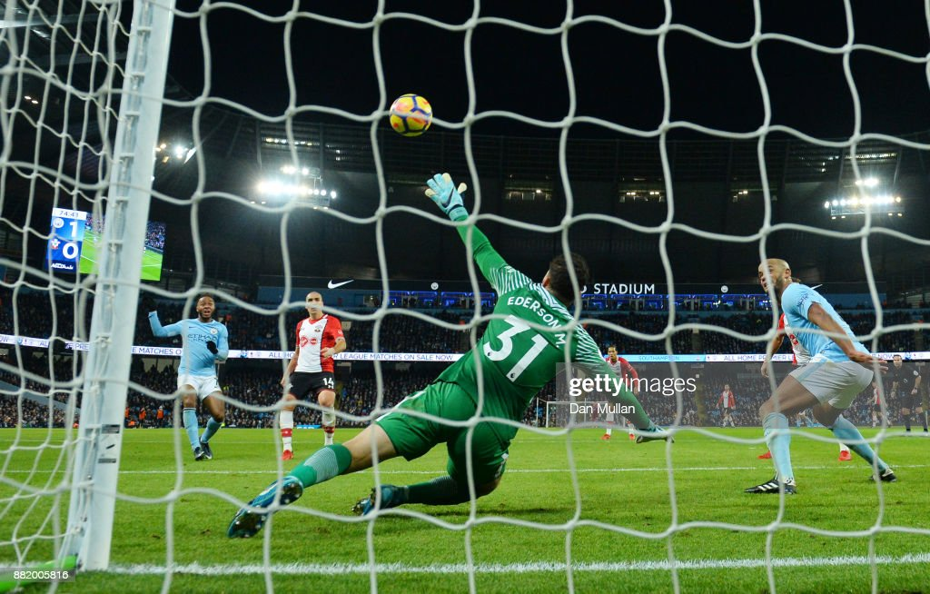Oriol Romeu of Southampton scores his sides first goal past Ederson of Manchester City during the Premier League match between Manchester City and Southampton at Etihad Stadium on November 29, 2017 in Manchester, England.