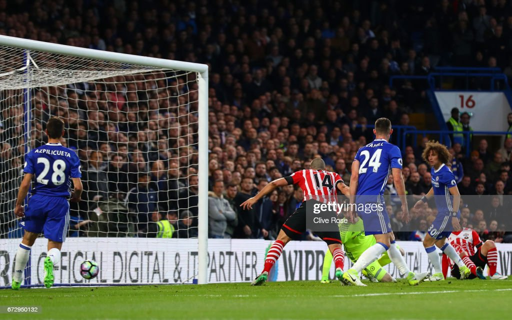Oriol Romeu of Southampton (14) scores their first goal during the Premier League match between Chelsea and Southampton at Stamford Bridge on April 25, 2017 in London, England.