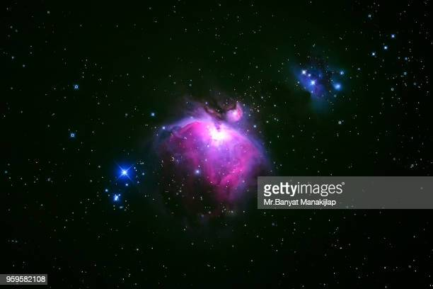 m42 orion nebula - nebula stock pictures, royalty-free photos & images