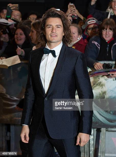 """Orlando Bloom attends the World Premiere of """"The Hobbit: The Battle OF The Five Armies"""" at Odeon Leicester Square on December 1, 2014 in London,..."""