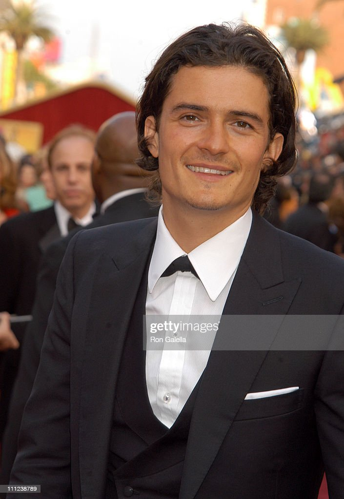 Orlando Bloom during The 77th Annual Academy Awards - Arrivals at Kodak Theatre in Hollywood, California, United States.
