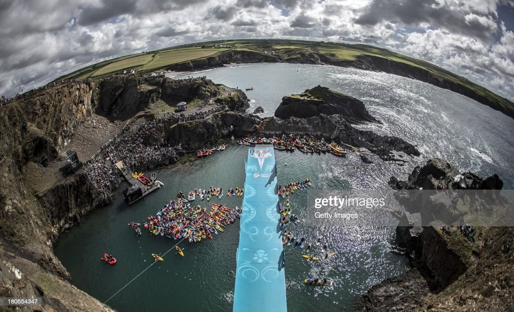 Red Bull Cliff Diving World Series 2013 - Wales : News Photo
