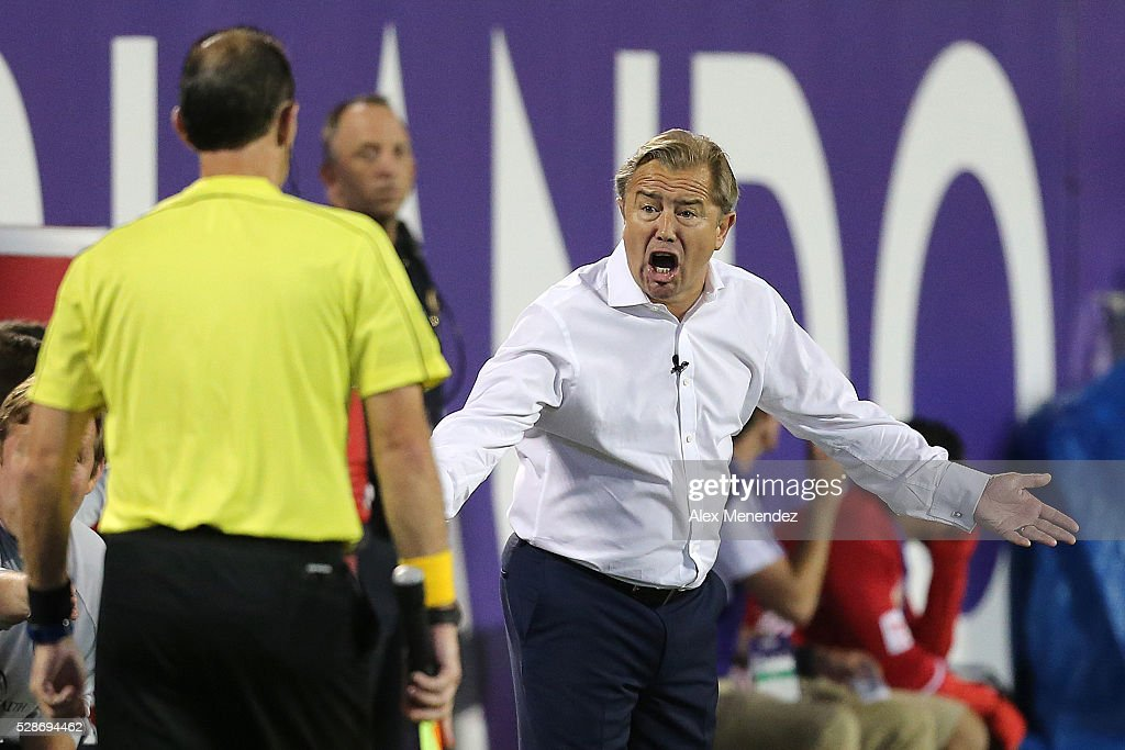 Orlando head coach Adrian Heath argues a call with the linesman during an MLS soccer match between the New York Red Bulls and the Orlando City SC at Camping World Stadium on May 6, 2016 in Orlando, Florida. The game ended in a 1-1 draw.