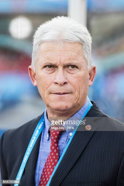 Orlando Restrepo head coach of Columbia prior the FIFA U17 World Cup India 2017 group A match between Colombia and Ghana at Jawaharlal Nehru Stadium...