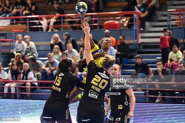 Orlane Kanor of Metz during the Division 1 match between Issy Paris and Metz on September 25 2016 in Creteil France