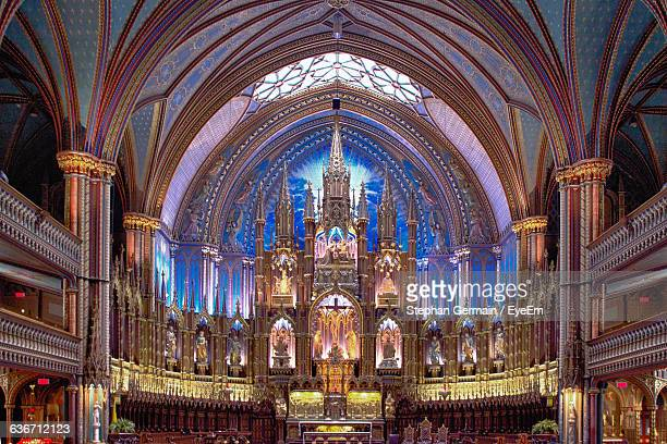 ornate altar in notre dame de montreal - notre dame de montreal stock photos and pictures