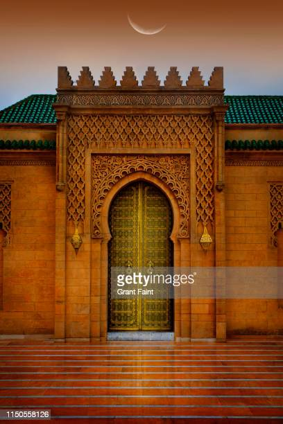 ornate doorway to royal palace. - rabat morocco stock pictures, royalty-free photos & images