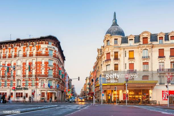ornate hotels in downtown toulouse france - toulouse stock pictures, royalty-free photos & images