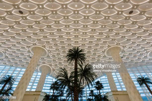 ornate pillars and ceiling at ashkabad international airport - トルクメニスタン ストックフォトと画像