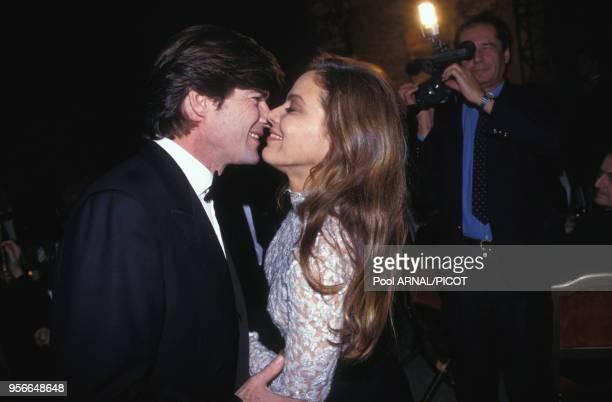 Ornella Muti et Robertino Rossellini lors d'une soirée à Paris en décembre 1992, France.