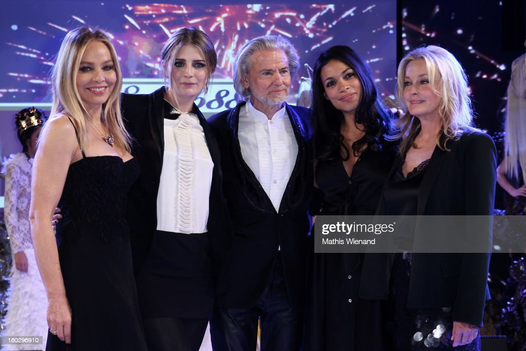 Ornella Muti, Mischa Barton, Hermann Buehlbecker, Rosario Dawson and Bo Derrek attend the Lambertz Monday Night at Alter Wartesaal on January 28, 2013 in Cologne, Germany.