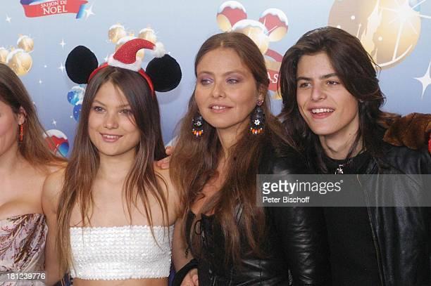 Ornella Muti Tochter Carolina Muti Sohn Frederico Muti Gala 'DisneylandParis' Paris/Frankreich Freizeitpark Vergnügungspark Weihnachten...