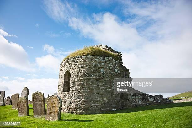 orphir round church, orcades - theasis photos et images de collection