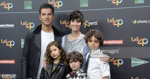 Orson Salazar Paz Vega and sons attend 'Los 40 Music Awards' photocall at the WiZink Center on November 10 2017 in Madrid Spain