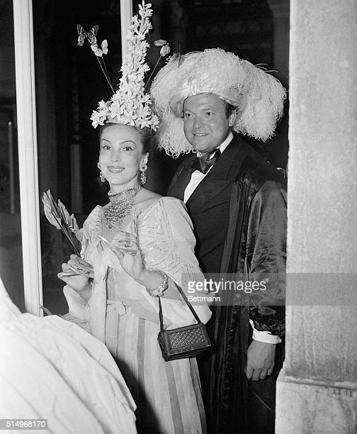 Orson Welles accompanied Brazilian actress Mademoiselle de Heeren... And his costume was one of the simplest while hers one of the most admired.