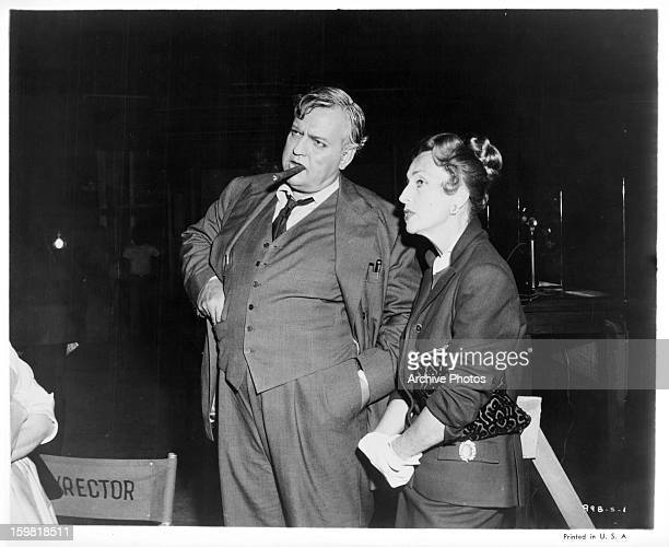 Orson Welles hangs out with Agnes Moorehead on set of the film 'Compulsion' 1959