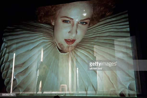Deutsches Theater Berlin Titel Demetrius/Hieron Vollkommene Welt Autor Friedrich Schiller/Mario Salazar Regie Stephan Kimmig Buehne Katja Hass...