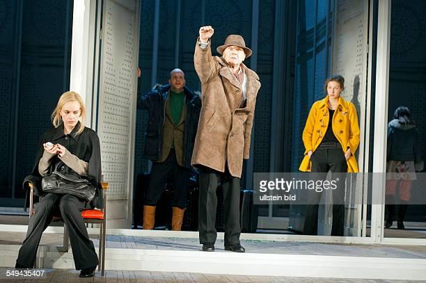 Deutsches Theater Berlin Titel Der Kirschgarten Autor Anton Tschechow Regie Stephan Kimmig Buehne Katja Hass Kostueme Anja Rabes Premiere 240212...