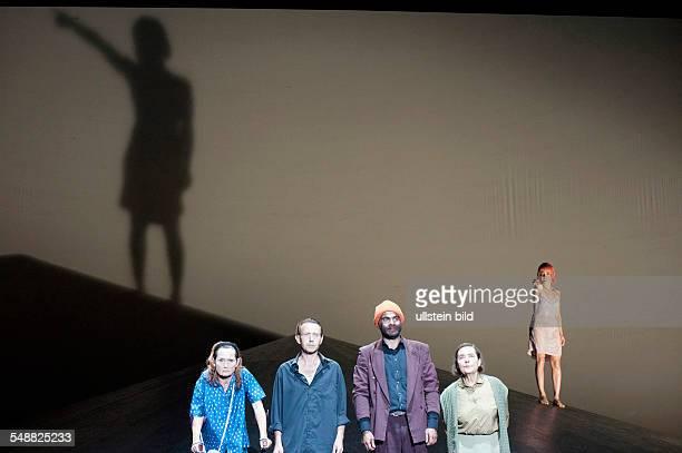 Deutsches Theater Berlin Titel Unschuld Autor Dea Loher Regie Michael Thalheimer Schauspieler Barbara Schnitzler Sven Lehmann Andreas Doehler...