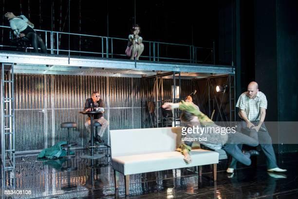 Deutsches Theater Kammerspiele Berlin Titel Archiv der Erschoepfung Autor Sascha Hargersheimer Regie Friederike Heller Buehne Kostueme Sabine...