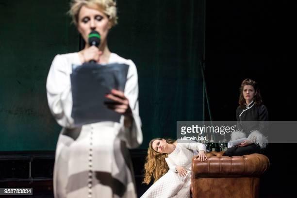 Deutsches Theater Kammerspiele, Berlin. Titel: Wut. Autorin: Elfriede Jelinek. Regie: Martin Laberenz. Buehne: Volker Hintermeier. Kostueme: Aino...