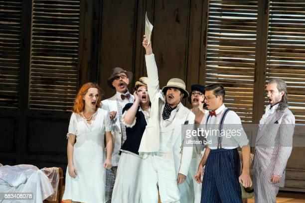 Staatsoper im Schillertheater Berlin Titel Le nozze di Figaro Autor Wolfgang Amadeus Mozart Musikal Leitung Gustavo Dudamel Insz Juergen Flimm Buehne...