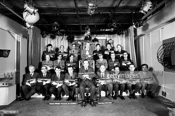 Employees Of The First Channel Les collaborateurs du journal télévisé de la première chaîne 1er rang Jean BERTHO 39 ans Francis MERCURY 37 ans chef...