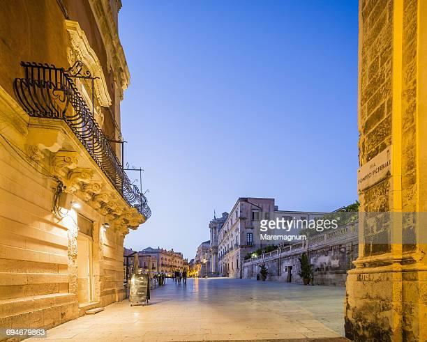 Ortigia (Ortygia), view of Piazza (square) Duomo