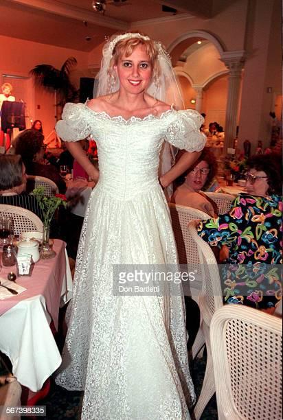 LSOrtShowWeddingDB6/10/97Irvine Rosalyn Frauman models a wedding dress at Caspian Restaurant luncheon presented by the Dana Niguel Chapter of WomenÕs...