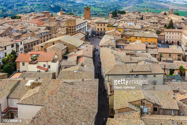 orvieto from above (umbria, italy) - orvieto stock pictures, royalty-free photos & images