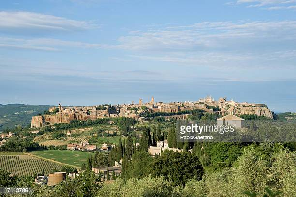 orvieto - medieval city - orvieto stock pictures, royalty-free photos & images