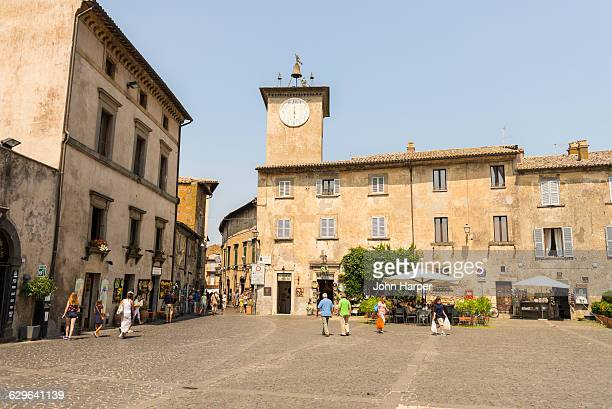 orvieto town, umbria, italy - orvieto stock pictures, royalty-free photos & images