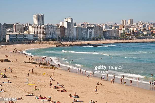 orzan beach, a coruna, galicia, spain - a coruna province stock pictures, royalty-free photos & images