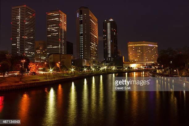 osaka bussines park at night - 大阪ビジネスパーク ストックフォトと画像