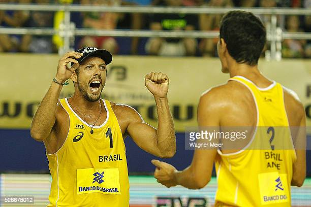 Oscar Brand����o and Andre Loyola of Brazil celebrates during main draw match against Mexico during the FIVB Fortaleza Open on Futuro Beach on April...