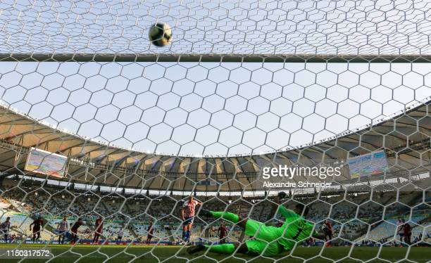 Oscar Cardozo of Paraguay scores their first goal during the match against Qatar for the Copa America 2019 at Maracana Stadium on June 16 2019 in Rio...