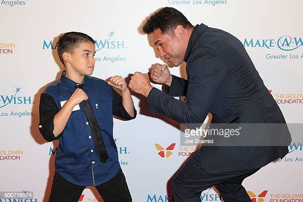 Oscar De La Hoya arrives at the MakeAWish Greater Los Angeles Annual Wishing Well Winter Gala at the Beverly Wilshire Four Seasons Hotel on December...