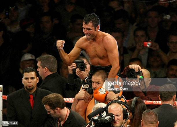 Oscar De La Hoya celebrates after getting the decision over Steve Forbes during their junior middleweight bout at the Home Depot Center on May 3 2008...
