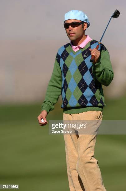 Oscar De La Hoya in action during the fourth round of the 2007 Bob Hope Chrysler Classic at Classic Club in Palm Desert California on January 20 2007