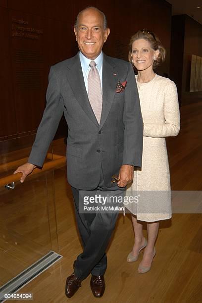 Oscar de la Renta and Annette de la Renta attend OSCAR DE LA RENTA Resort 2007 Collection Runway Show at Morgan Library on June 5 2006 in New York...
