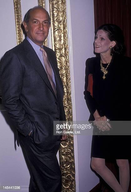 Oscar de la Renta and Annette Reed attend Oscar de la Renta Fashion Show on November 1 1989 at the Plaza Hotel in New York City
